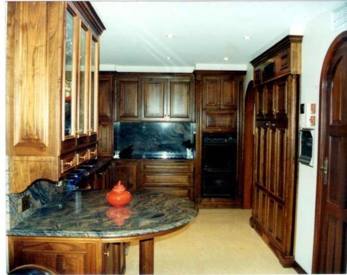 Traditional Classic Kitchen in Solid American Walnut 3